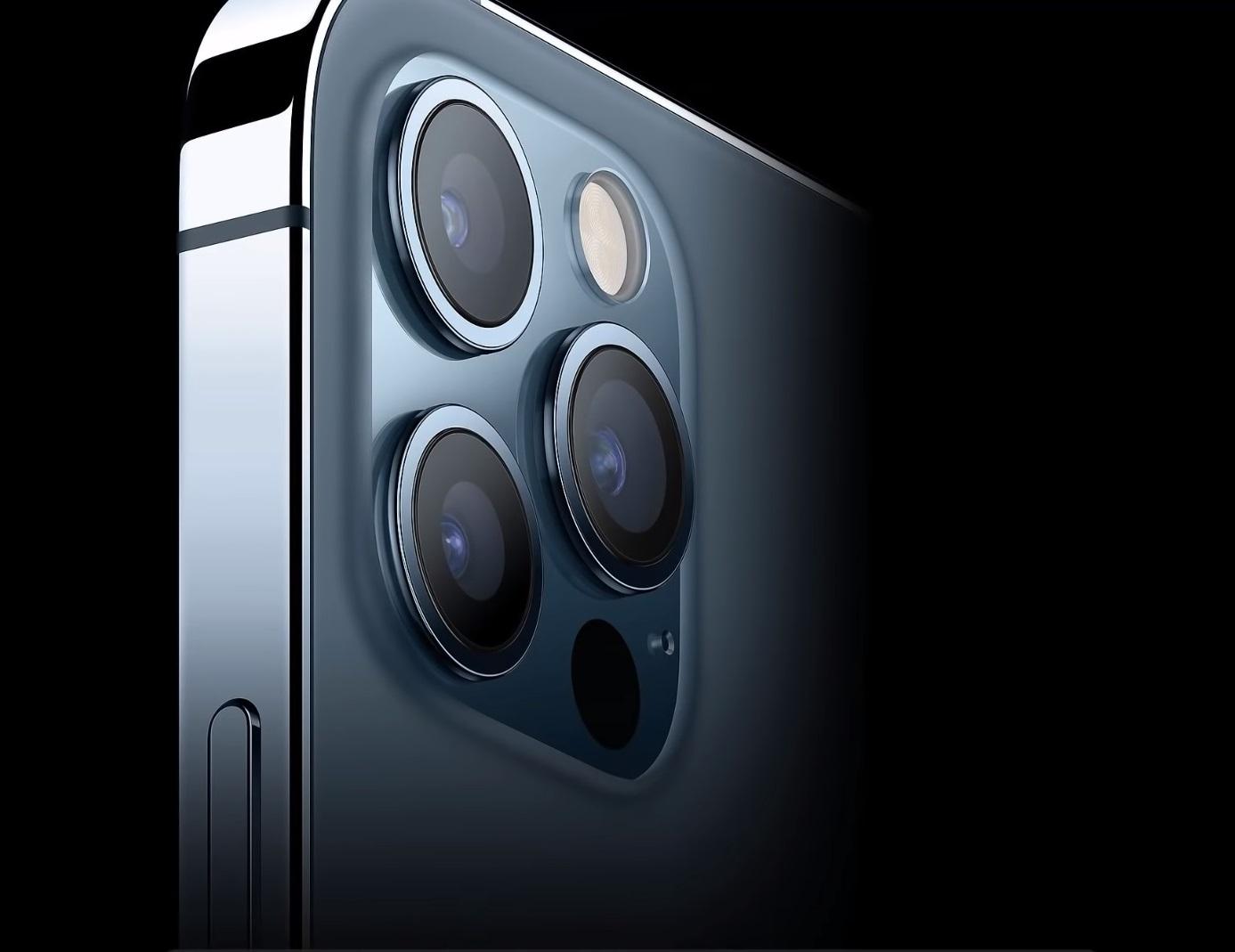 iPhone12のカメラ部