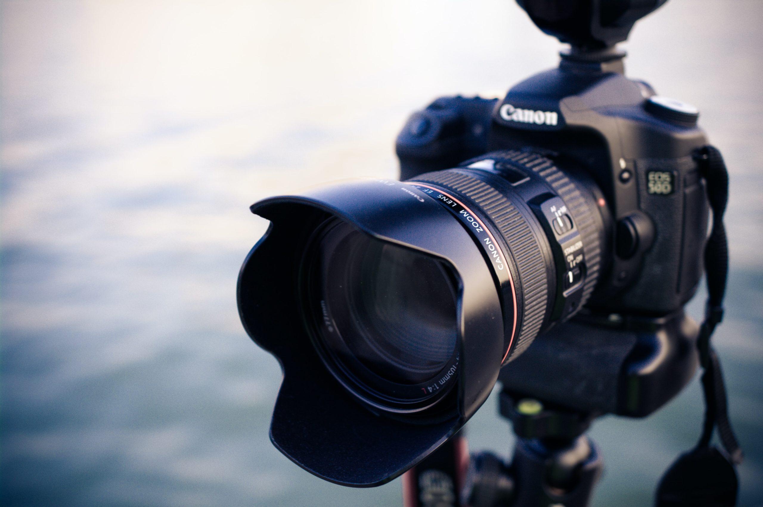 最新一眼レフカメラ