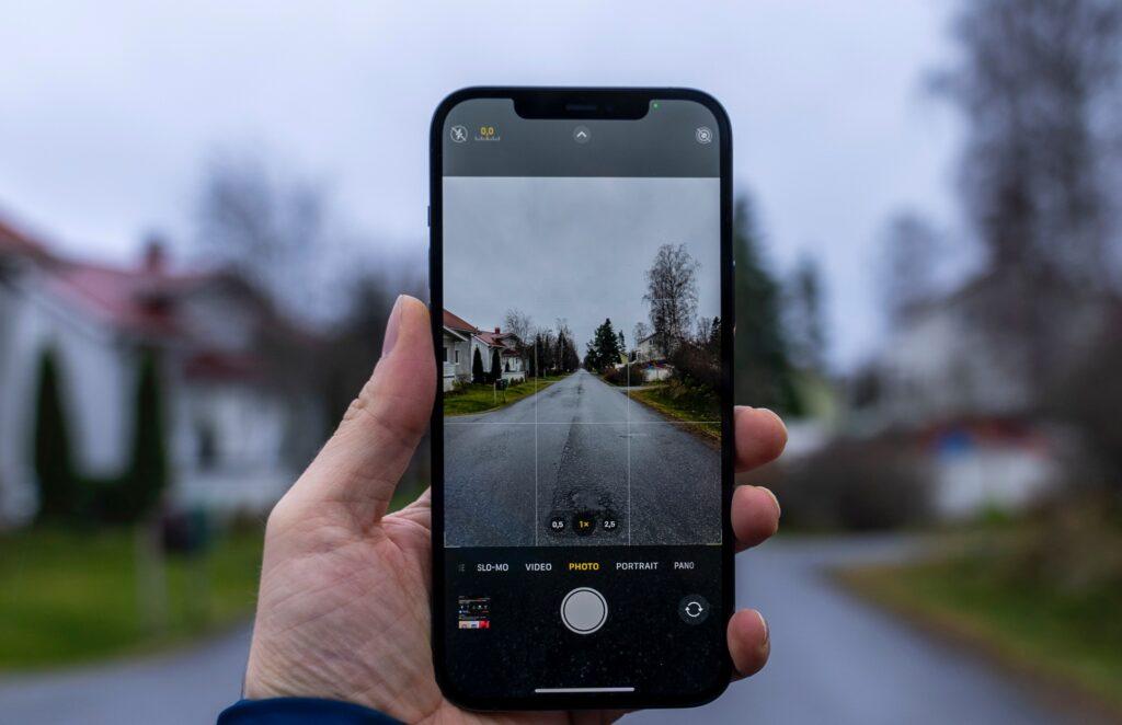iPhone SE Plusカメラ