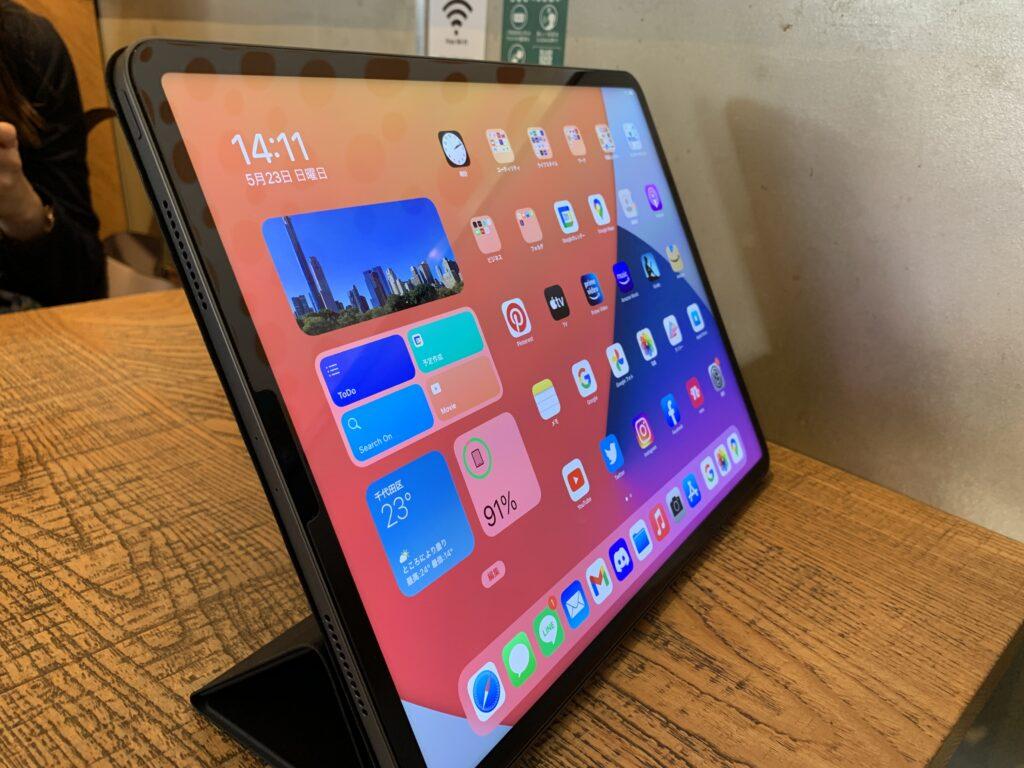ESR iPad Proケース使用感