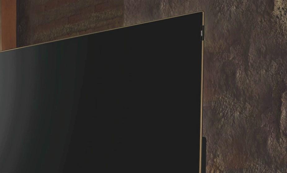 テレビの薄さ
